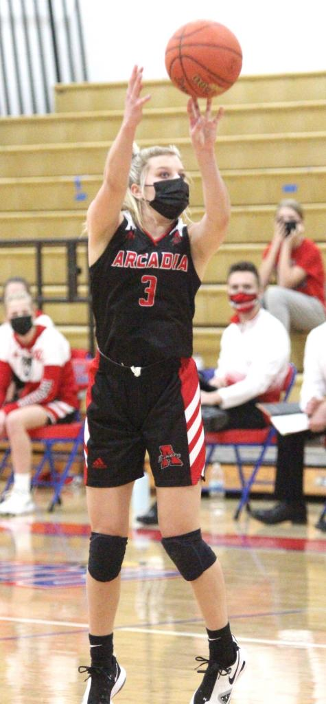 The Arcadia girls basketball team picked up two Coulee Conference wins last week with a nonconference loss to Cochrane-Fountain City sandwiched in between.