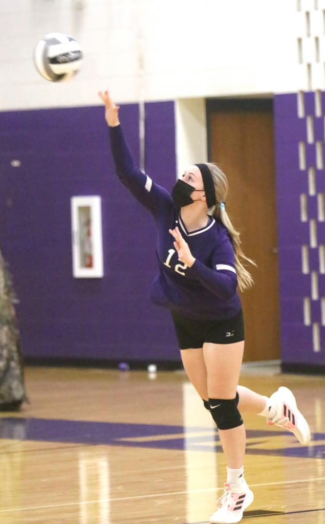 After a loss to Blair-Taylor to start the week, it was all good for Independence as they picked up two Dairyland Conference wins.
